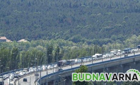 """Ферибот и нов мост до Острова разтоварват трафика към """"Аспарухово"""""""