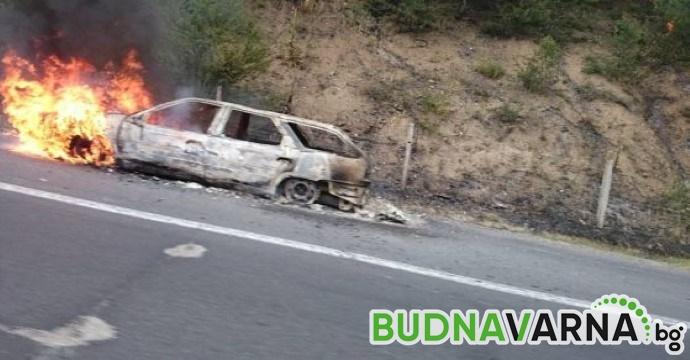 "Лек автомобил изгоря на АМ ""Хемус"" преди Варна"