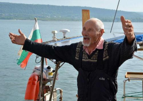 81-годишният Васил Куртев за втора поредна година вдига ЗЛАТНИЯ ГЛОБУС Кор Кароли