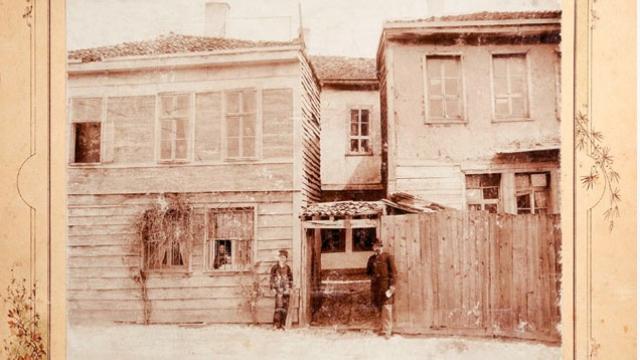 Непознатата история: Първият български учител във Варна