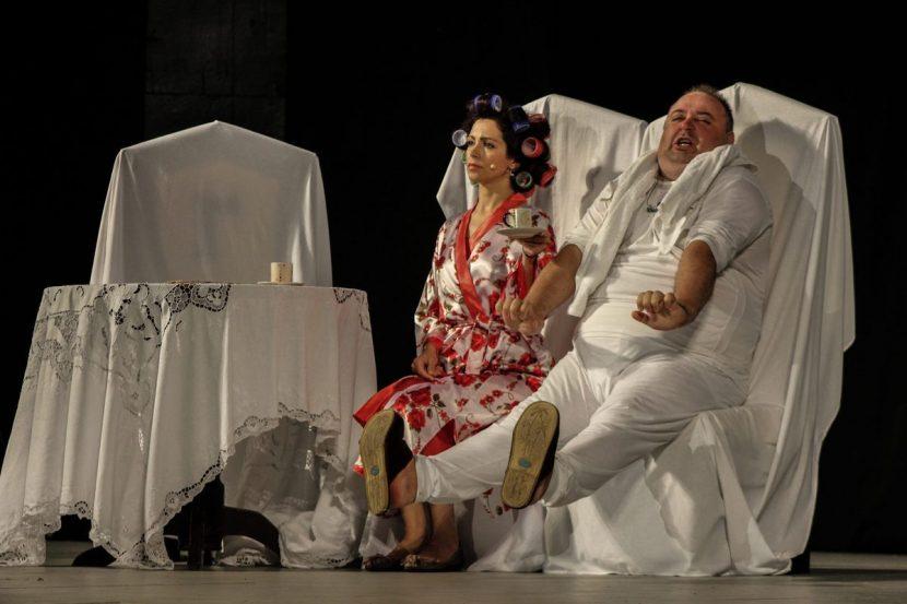 """Любо Нейков покорява Варна и Русе със забележителната комедия """"Големанов"""""""