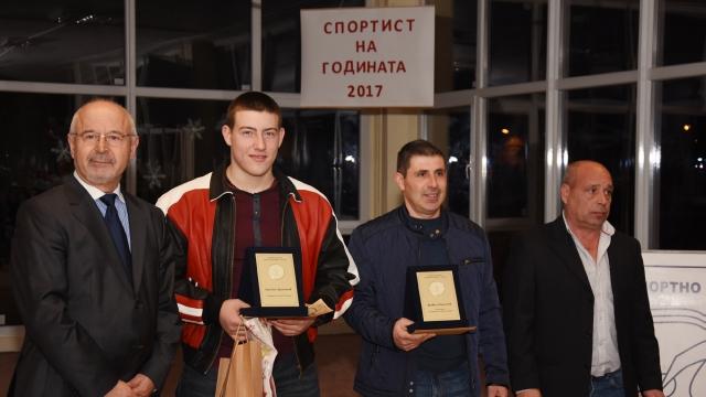 Обявиха щангиста Христо Христов за номер едно на Спортното училище във Варна