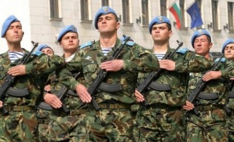 Каракачанов: Миналите доброволна казарма да са с предимство за държавна работа