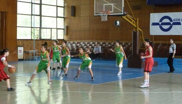 Завършиха състезанията по баскетбол за ученици от 5 до 7 клас