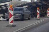 Преобърнатият ТИР по пътя Варна- Добрич все още не е изтеглен