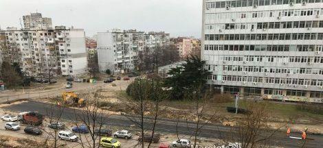 """Започна асфалтирането на част от трасето на новия бул. """"Левски"""""""