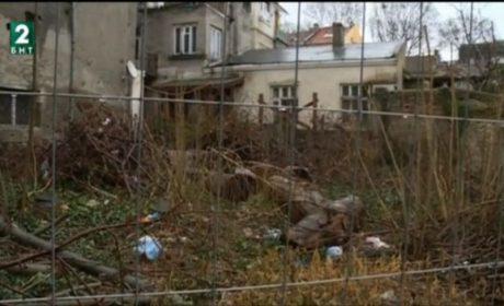 "Жители на ул.""Хан Омуртаг"" обжалват план за строеж върху бивша градинка"