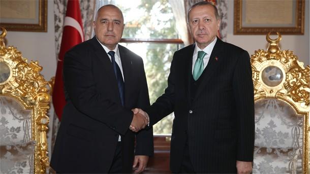 Брюксел се колебае за срещата си с Ердоган във Варна