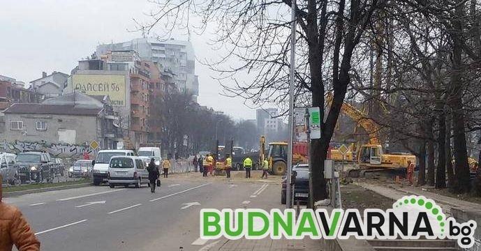 "За една нощ затварят бул. ""Владислав Варненчик"""