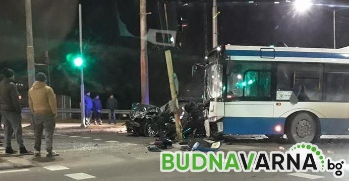 Читателка на Будна Варна: тежка катастрофа на оживено кръстовище