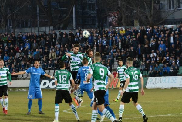 """Черно море отстъпи на Левски в здрав мач на """"Тича"""""""