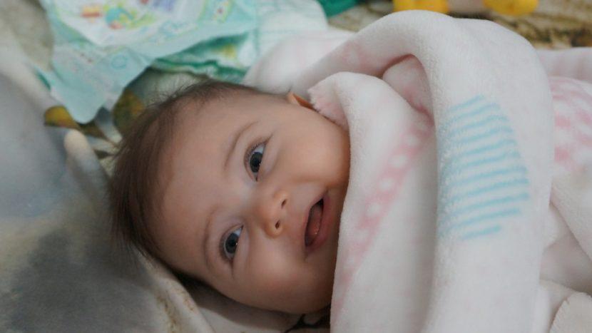 ЗОВ ЗА ПОМОЩ: Бебе с левкемия се нуждае спешно от помощ
