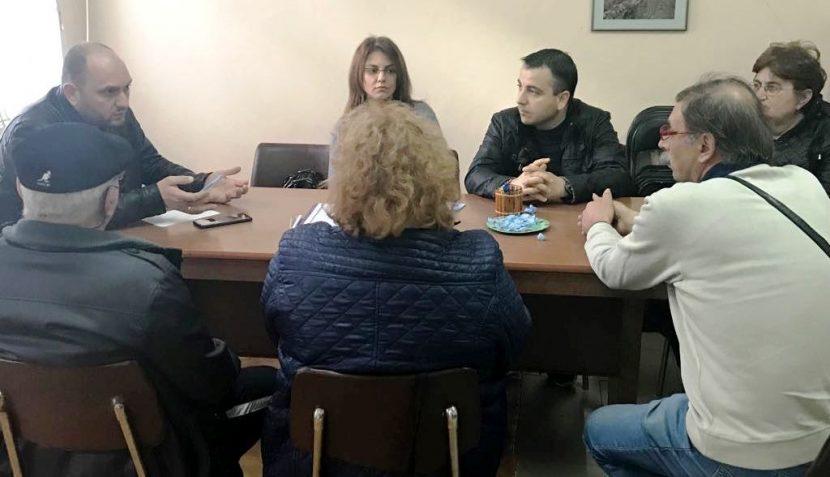 По предложение на общински съветници от ГЕРБ ремонтират пътища и читалище в Провадийско