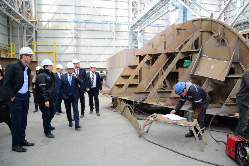 Във Варна строят кораб за река Дунав