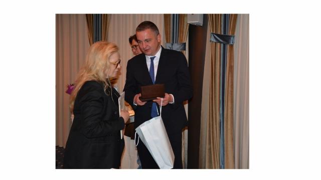 Варна посрещна Силви Вартан