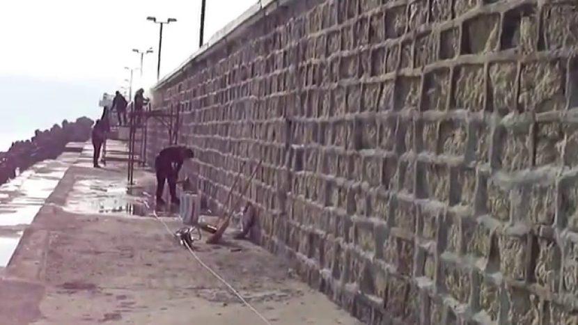 Довършват ремонта на вълнолома във Варна след 2019-та