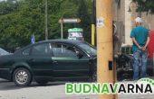 Двама младежи с опасност за живота след катастрофа във Варна