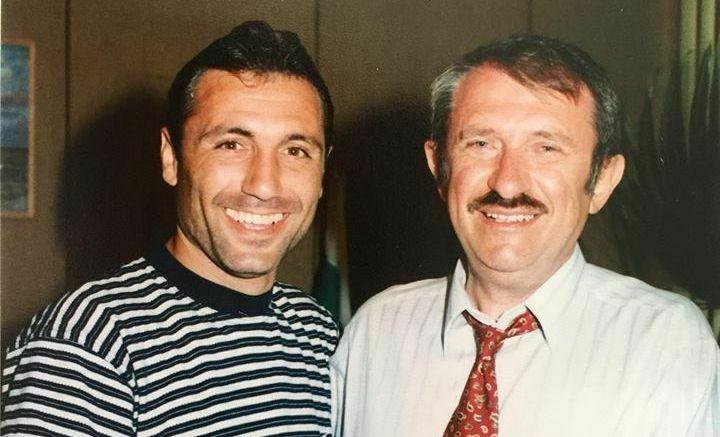 След САЩ 94 Христо Стоичков посетил сградата на община Варна (снимки)
