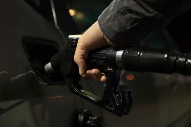 Рекордно поскъпване на горивата у нас