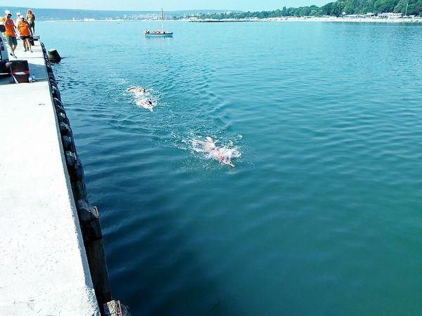 """За пръв път в историята на плувния маратон """"Галата-Варна"""" стартът ще бъде даден от сушата"""