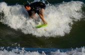 Огромни вълни зарадваха сърфистите (снимки)