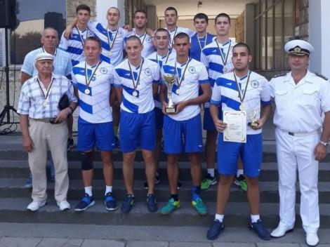 Морското училище във Варна спечели 2 златни медала по волейбол (снимки)
