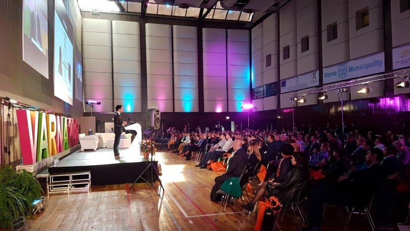 Лектори от световни компании Facebook, Google, Apple, Spacex и Alibaba пристигат на конференция