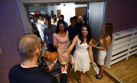 Над 1400 първокурсници стартираха обучението си в МУ-Варна днес