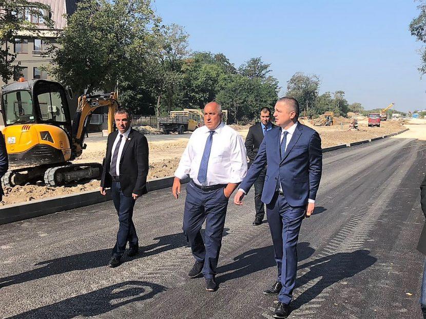 Бойко Борисов и Иван Портних провериха инфраструктурни обекти