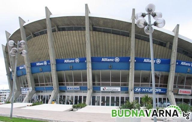 Правят паркинг под Спортна зала във Варна за 350 коли