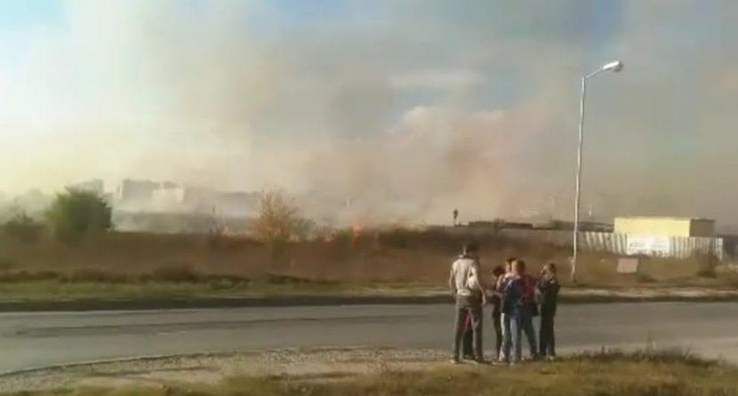 Голям пожар в Кайсиева градина (видео)