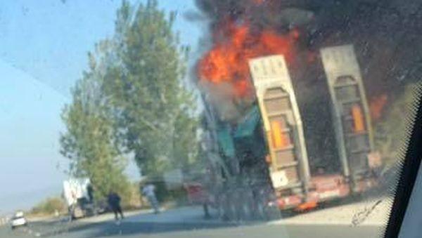 """Машина за асфалт пламна на """"Хемус"""""""