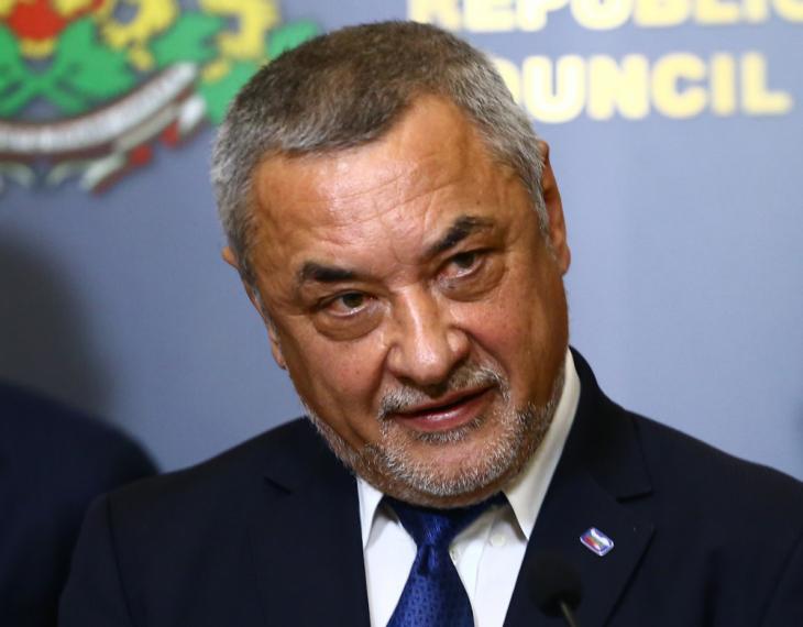 Извънредно: Валери Симеонов подаде оставка!