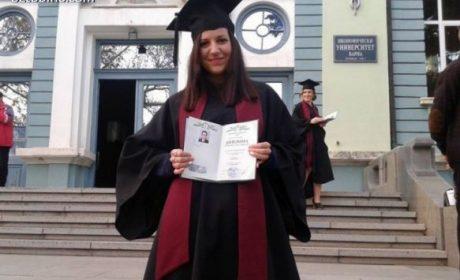 """Млад учител от Варна: Ако ние не """"счупим системата"""" и не променим България, няма кой"""