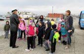 Деца от Варна разгледаха боен кораб