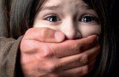 Майка на момиченце от Варна: Съдът даде детето на баща му адвокат, обвинен в педофилия!