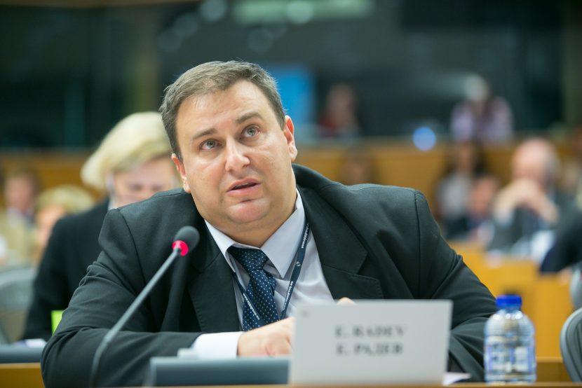 Емил Радев: Борбата с корупцията трябва да бъде сред основните приоритети на новата Европейска комисия