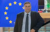 Емил Радев: Защитата на интереса на децата трябва да заема първо място в законодателния дневен ред