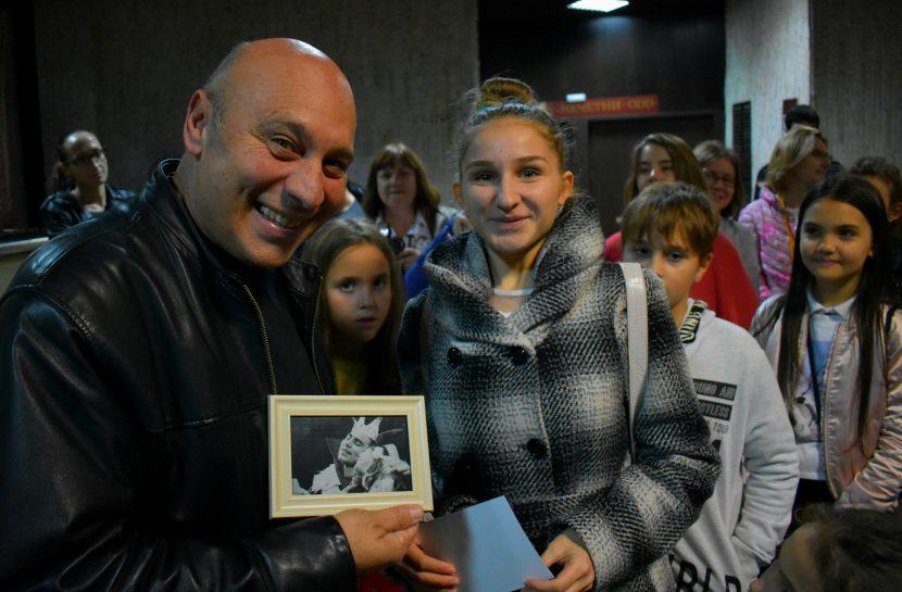 Кръстю Лафазанов се срещна с млади театрали, кинематографисти и фотографи във Варна