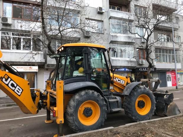 """Общината: Ремонтът на ул. """"Георги Бенковски"""" продължава"""