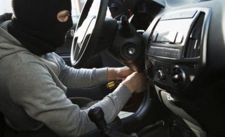17-годишен задигна Форд във Варненско и блъсна три автомобила