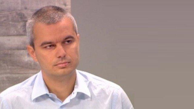 Варненски общински съветник иска цялата власт