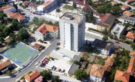 """Кметът на Аксаково и """"Енерго про"""" договориха допълнителни мощности за квартал """"Самолета"""""""