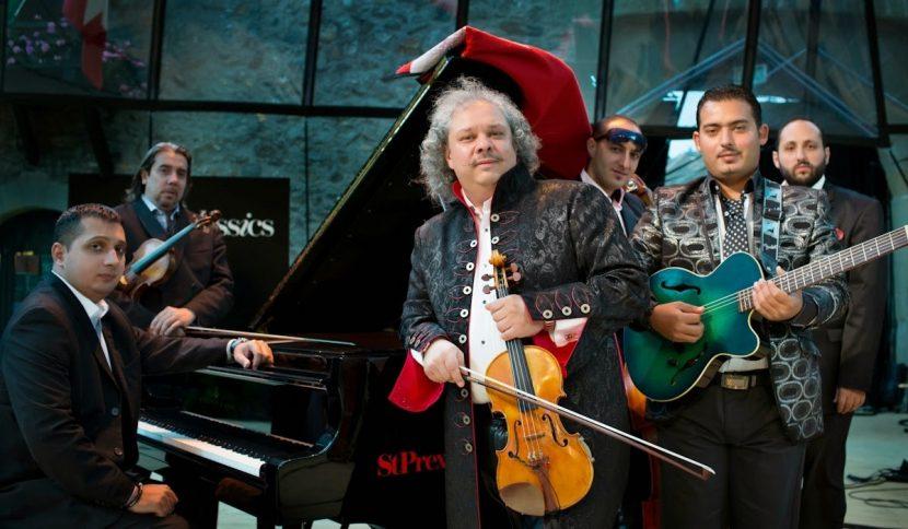 Кралят на циганската цигулка Роби Лакатош с първи концерт във Варна
