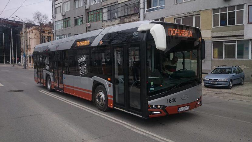 """Тестват хибридни автобуси """"Соларис"""" във Варна"""