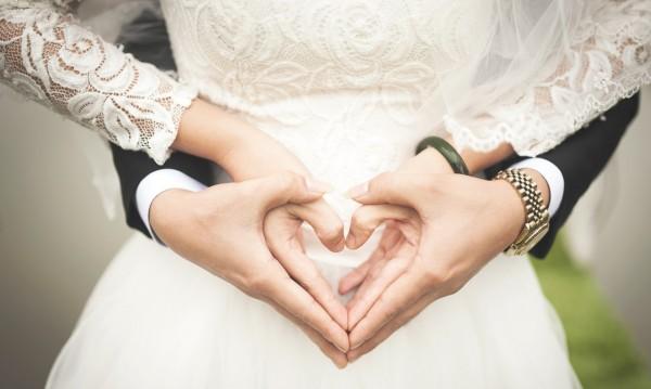 """4 двойки смятат да си кажат """"Да"""" на Свети Валентин във Варна"""