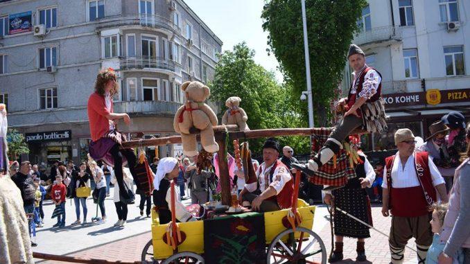 Варненски карнавал 2019 ще изпъстри града през април