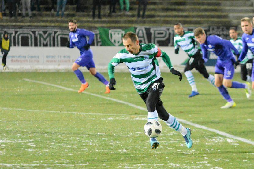 Георги Илиев остава на терена още поне един сезон