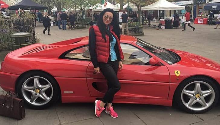 Мануела от Варна измъкна от лондонски бизнесмен £180 000