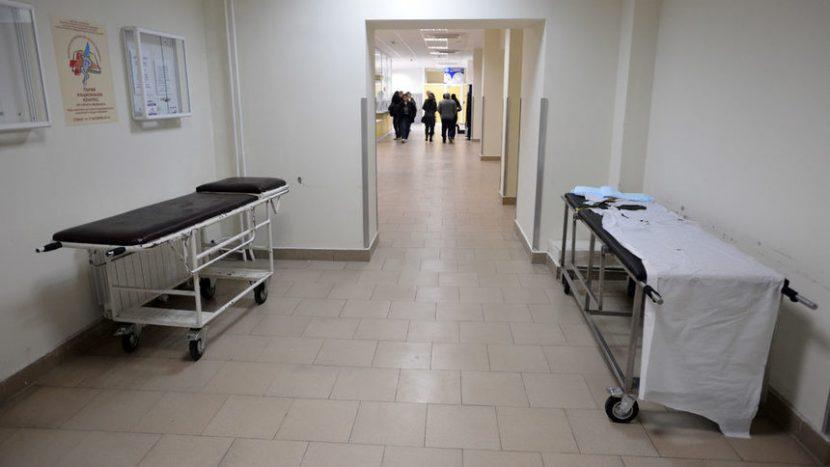 Леглата за COVID-болни във Варна свършват